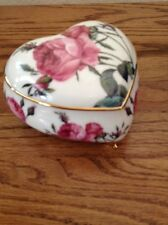 Take Heart Valentine! Goebel for The Smithsonian: Porcelain Rose Trinket 5� X 5�