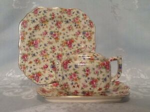 3 Piece MM CHINA CHINTZ WARE Teapot, Tray And Plate ROSES Made In Japan