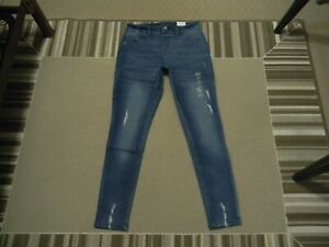 NWT JUSTICE GIRLS MID RISE DESTRUCTED JEGGINGS 18 MEDIUM WASH