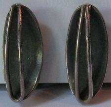 SIGNED THE SILVERSMITH VINTAGE MODERNIST STERLING SILVER SCREW BACK EARRINGS