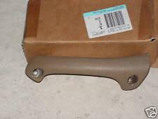 Rover 400 Front RH Door Armrest Stone Beige Part Number EJK100140SMJ Genuine