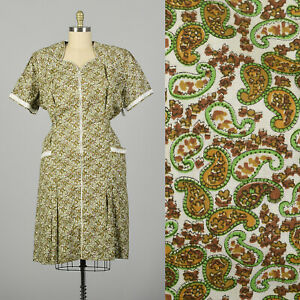3XL 1950s Day Dress Green Paisley Volup Cotton Short Sleeve Zip Front VTG