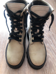 Brunello Cucinelli Suede Ankle Boots Nude Zipper With Beads 39