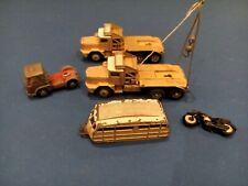 2 Berliet GBO+caravane Dinky Supertoys +1 Camion Corgi Bedford+moto  ,pour piece