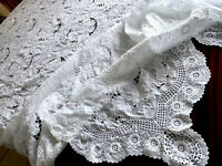 BEAUTIFUL LARGE VINTAGE HAND EMBROIDERED CROCHET WHITE LINEN TABLE CLOTH 90X100""