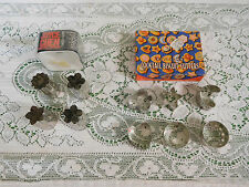 Vtg Lot Petite Cutters Nutbrown + Joyce Chen Cocktail Biscuit Deco-Cuts Aspics
