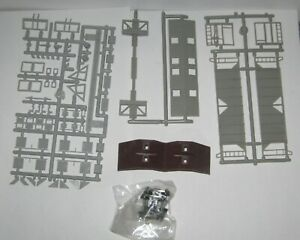 EASTERN CAR WORKS # 2000  70 TON  A.C.F. COVERED HOPPER   UNDECORATED KIT