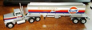Gulf Gasoline Tanker '93 Winross Truck