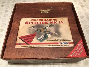 CORGI 1/32 'DELUXE SPITFIRE' STANFORD TUCK 92 SQDN 'BATTLE OF BRITAIN' *ISSUES*