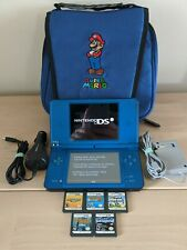 Nintendo DSi XL - With games and carrying case