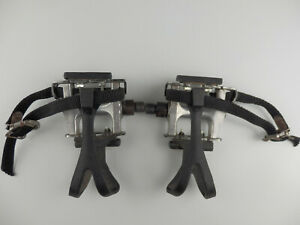 VP-333 AP Pedals with Toe clips and strapes.