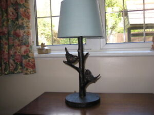Very Pretty Table Lamp  with little Birds (BRAND NEW WITH TAGS)
