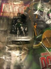 Marvel Doctor Doom Classic Marvel Figurine Collection Figure # 10 With Comic- Go