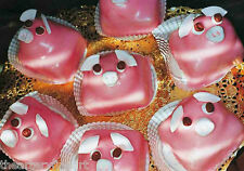 MARTIN PARR 'Pink Pig Cakes, Bristol, UK' 1998 SIGNED 'Common Sense' Photograph