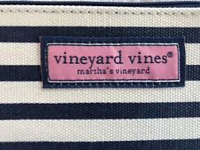 VINEYARD VINES WOMEN'S BEAUTIFUL NAVY BLUE WHITE MAKEUP COSMETIC TRAVEL BAG SET