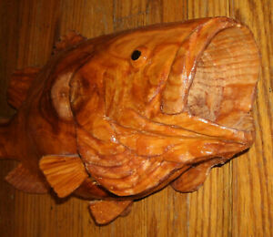 "20"" TREEBASS LARGE MOUTH BASS WOODCARVING WALL MOUNT REPLICA OF FISH"