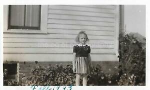 Vintage FOUND PHOTOGRAPH bw YOUNG GIRL Original Snapshot 15 3 L