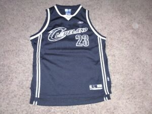 Cleveland Cavaliers LEBRON JAMES sewn black version Basketball Jersey youth L