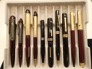 WAHL AND EVERSHARP FOUNTAIN PENS  AND PENCILS -- GOLD NIBS -- LOT 381