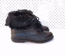Size 40 Vintage ladies Black Leather lace up grunge hiking riding ankle boots