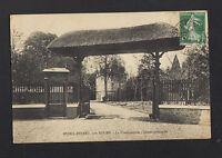 MESNIL-ESNARD (76) ENTREE de la CHATAIGNERAIE , MANOIR-CHATEAU en 1909