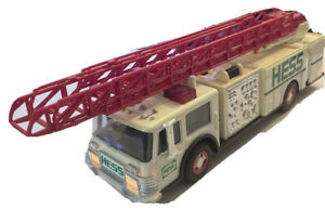 Vintage 1989 Amerada HESS Fire Truck Bank Tested Lights up, Sirens Work! Mint