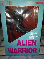 ALIEN WARRIOR PVC COMPLETED VINYL MODEL STATUE FROM ALIENS 1/5  Scale RARE