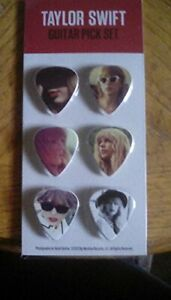 Taylor Swift Red Tour Guitar Picks, Pack of Six Photo Collectors Picks