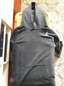 Sweat a capuche Jordan T.M mais taille grand , correspond + a L