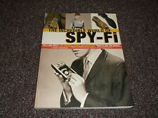 Incredible World of Spy-Fi : Wild and Crazy Spy Gadgets, Props, and Artifacts fr