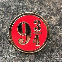 HARRY POTTER RED & GOLD PLATFORM NINE AND THREE QUARTERS 9 3/4 ENAMEL PIN BADGE