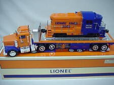 LIONEL TRAIN  FLATBED TRUCK + DIESEL LOCOMOTIVE TAYLOR MADE + HESS BATTERIES dtd