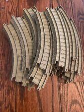 "THOMAS TRAIN TRACKMASTER 7-1/4"" CURVED PLASTIC TRACK 20 TAN"
