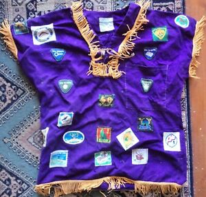 BOY SCOUTS SHIRT WITH PATCHES AUSTRALIAN & OVERSEAS 1960's