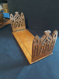 VICTORIAN SOLID WOOD BOOK SLIDE/ BOOK TROUGH WITH CARVED ORNATE SIDES