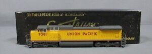 Bachmann 86015 HO Scale UP GE Dash 8-40CW Diesel Locomotive #9381 EX/Box