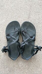 Chaco Black Strappy Sandals woman size 5 hiking