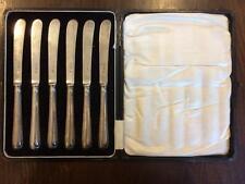 Vintage orfebres y plateros Conjunto de 6 cuchillos de mantequilla perfilados Plata c.1953