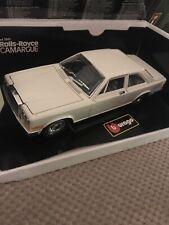 1:22 Burago 3001 Rolls Royce Camargue - Cream - Boxed