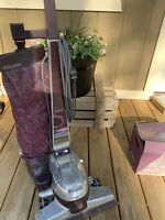 Working KIRBY g5  Upright Vintage Vacuum Cleaner With Carpet Cleaner Attachment