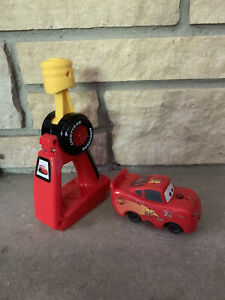 GEOTRAX Train Disney Cars Lightning McQueen Fisher Price RC Remote Control WORKS