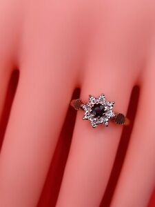 Vintage 9ct Gold Sapphire & diamond Ring 2.65G Hallmarked