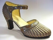Just The Right Shoe Sunray 25097 Miniature Collectables