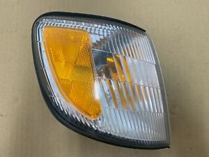 98-02 Subaru Forester front right corner light lamp assembly OEM