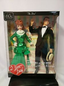 I LOVE LUCY & RICKY THE DIET BARBIE DOLL  SET 2010 PINK LABEL MATTEL T7901 NRFB