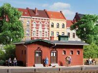 Auhagen 11384 Bahnhofstoilette in H0 Bausatz Fabrikneu