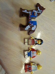 Vintage Lego Western Cowboys and Indians minifigures bundle with horse