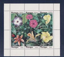 Nicaragua   bloc   fleurs   1985