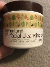 NEW Trader Joe's SPA Natural Facial Cleansing Pads w Tea Tree Oil 50 Pads