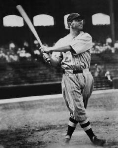 1930s Cleveland Indians EARL AVERILL Glossy 8x10 Photo Baseball Print Poster